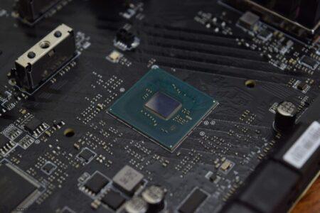 Intel 600シリーズチップセットが最新のドライバーでリーク– HEDT用のX699、メインストリーム用のZ690、ワークステーション用のW680など